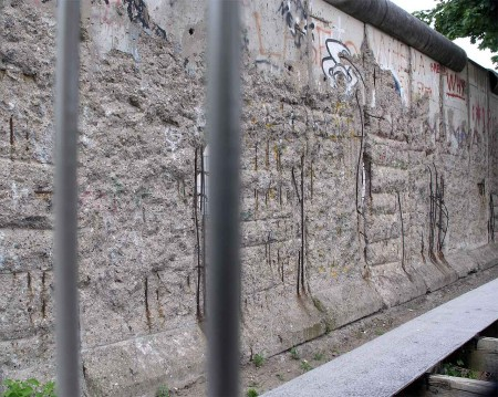 A part of The Wall that you can't get to - Berlin